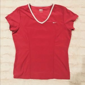 Nike breathable work out top